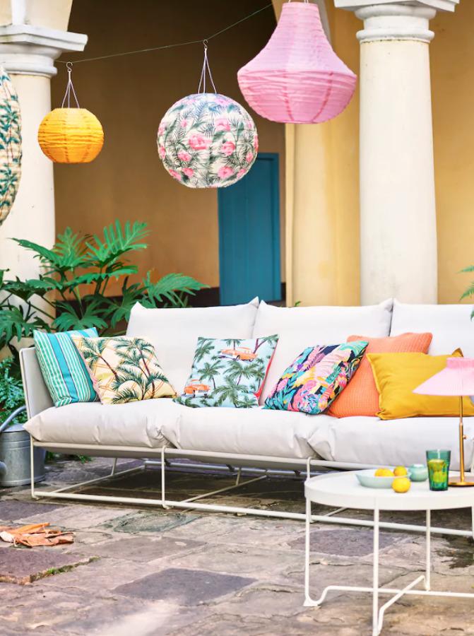 Novedades de verano IKEA 2020 sofá exterior e interior.