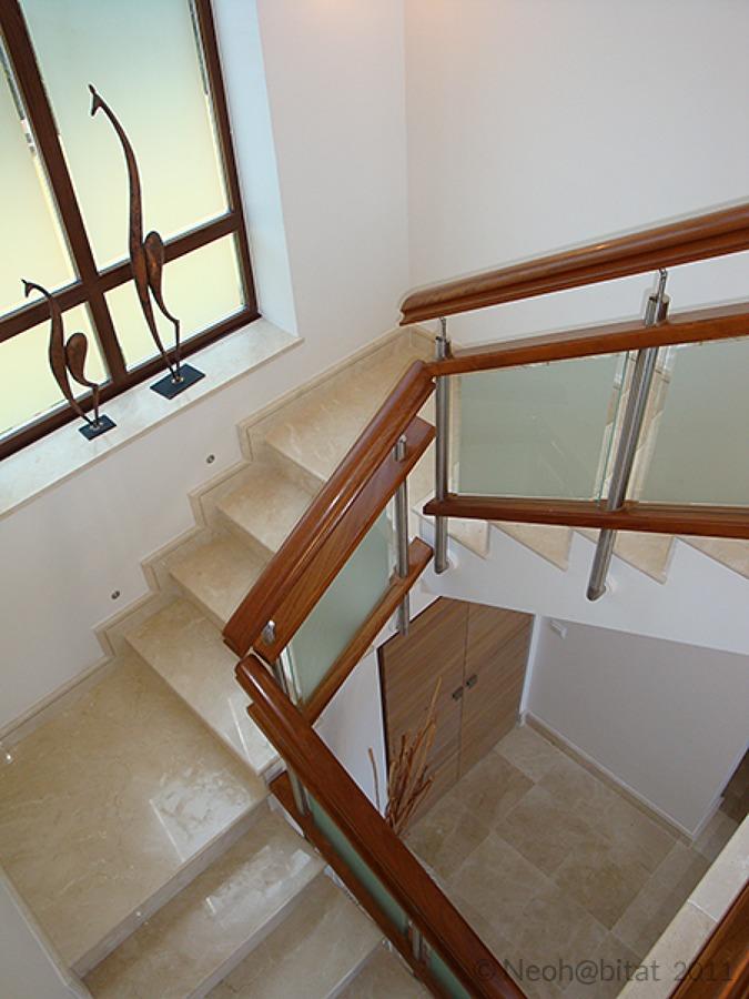 Nueva escalera proyectada en Vivienda Ampliada en Marbella