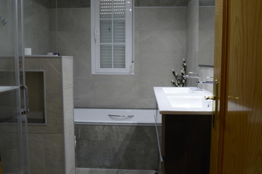Nuevo Baño En Ciudad Real:Foto: Nuevo Diseño del Baño de Cyrg Construcciones Y Reformas