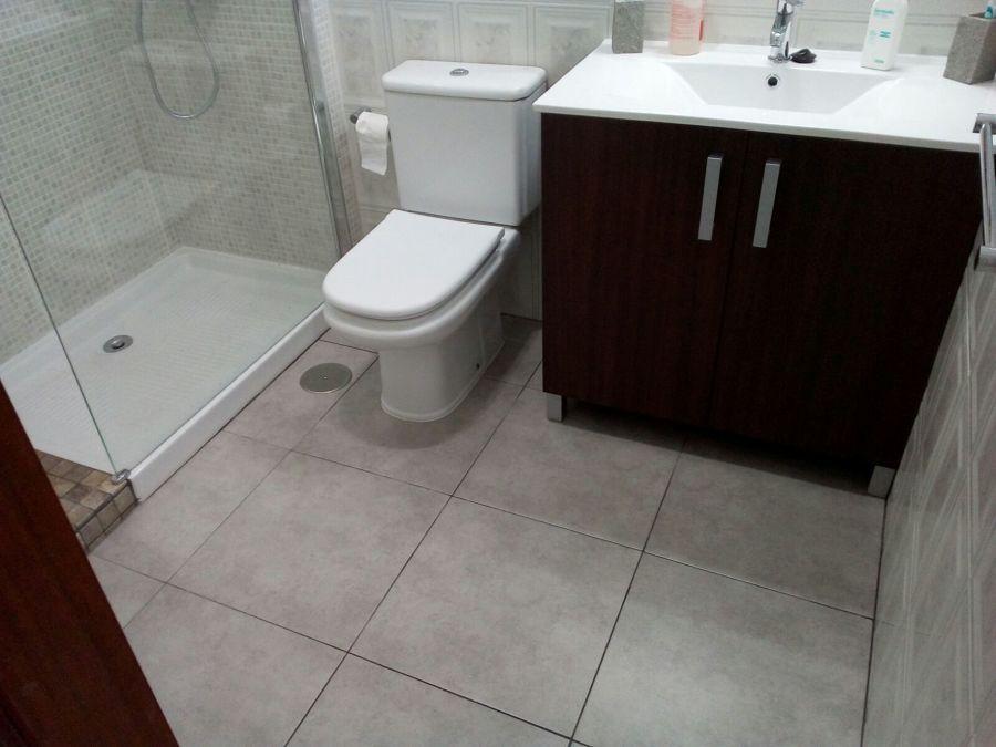 Nuevo mueble y lavabo.