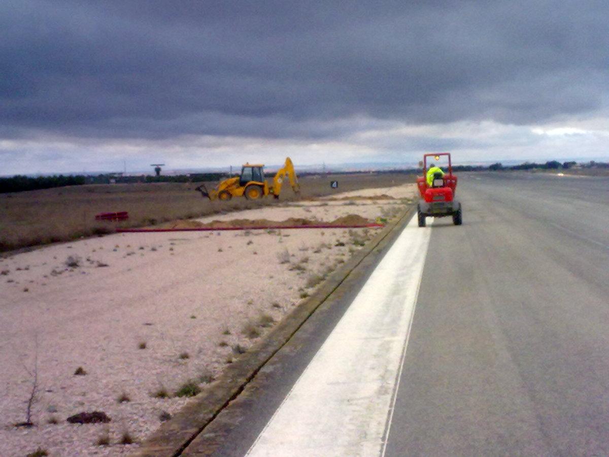 obra civil aeropuerta Albacete