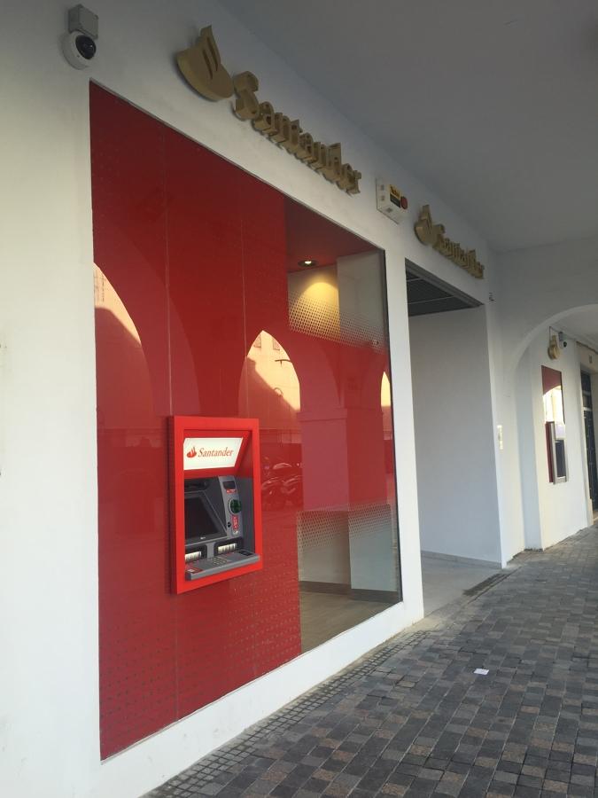 Oficinas bancarias banco santander ideas reformas viviendas for Oficinas banco santander valencia