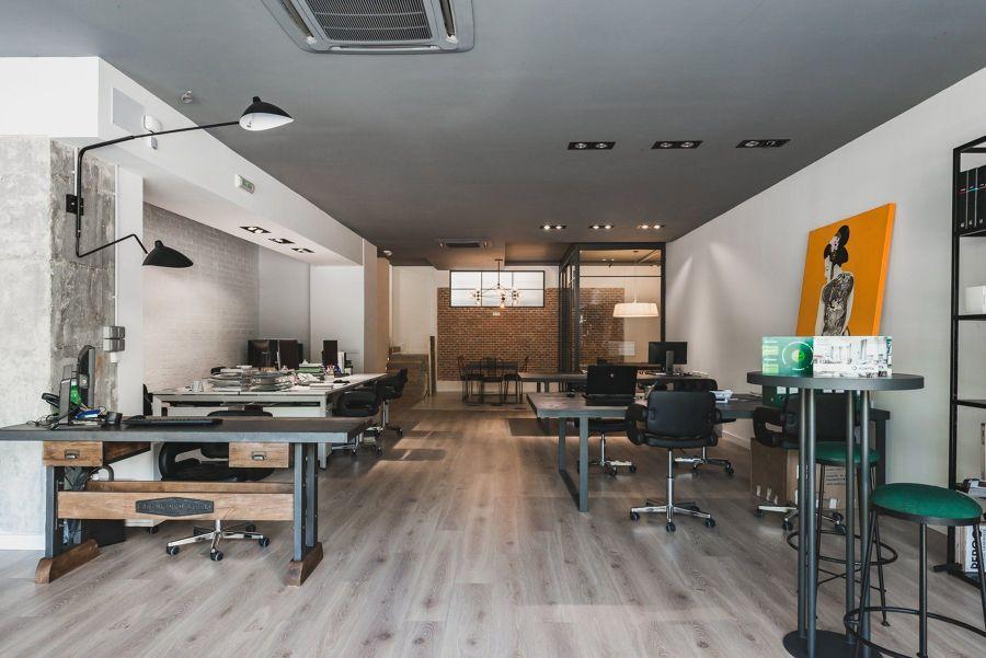 Oficina decorada al estilo industrial