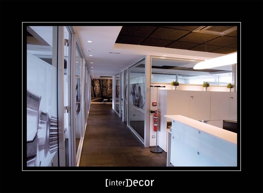 Foto oficina mazarredo zona de trabajo de interdecor for Oficina empleo ourense