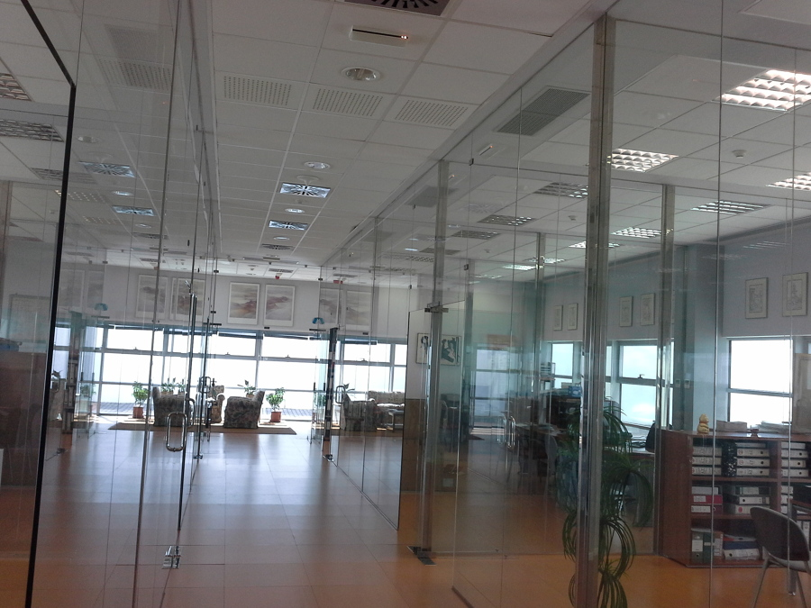 Oficinas administrativas en c rdoba ideas ingenieros for Oficinas cajasur cordoba