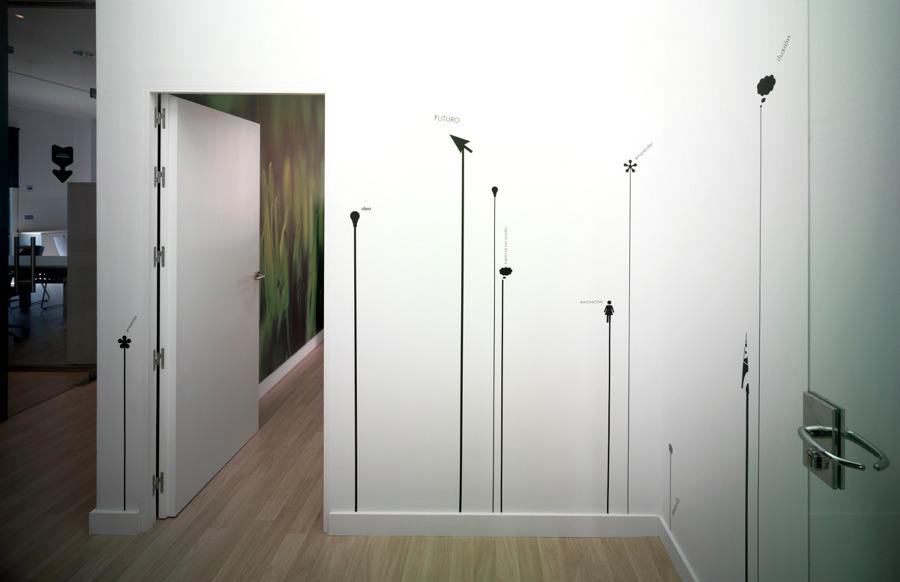Foto oficinas complejo ideai sevilla de neuttro 137842 for Oficinas sevilla