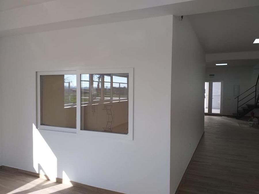 oficinas control entradas, planta baja