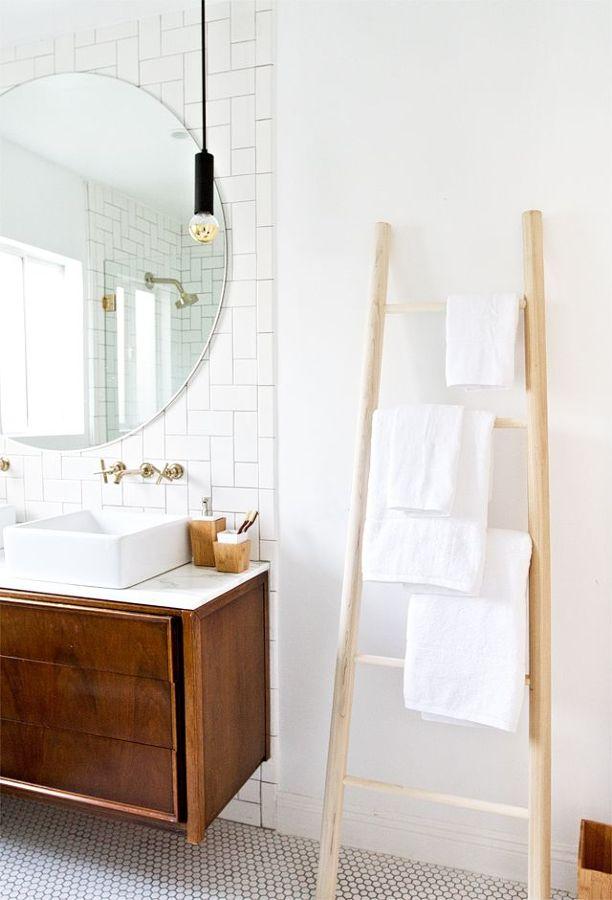escalera en un baño