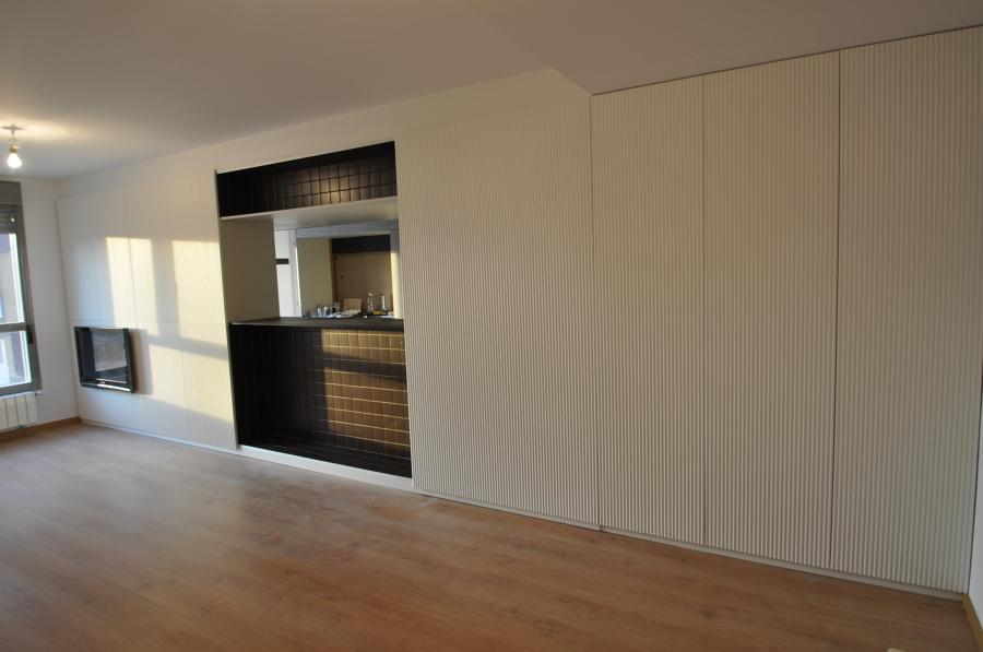 Trabajos varios de lacado y barnizado lackarte ideas carpinteros - Panelado de paredes ...