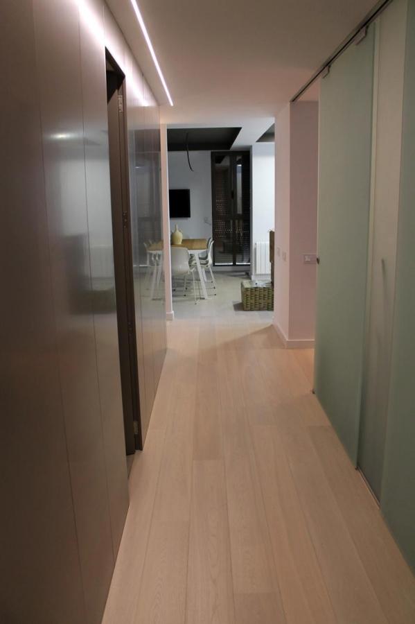 Foto panelados en pasillo de espacios y proyectos 316649 - Fotos de pasillos de casas ...