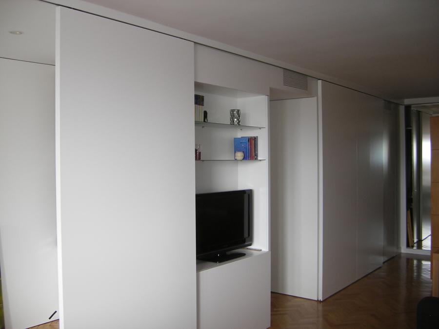 panelados salon que ocultan TV y entrada pasillo
