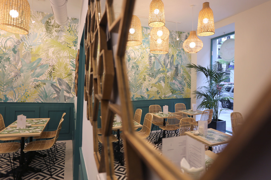 Seara caf madrid ideas decoradores - Papel pintado a mano ...
