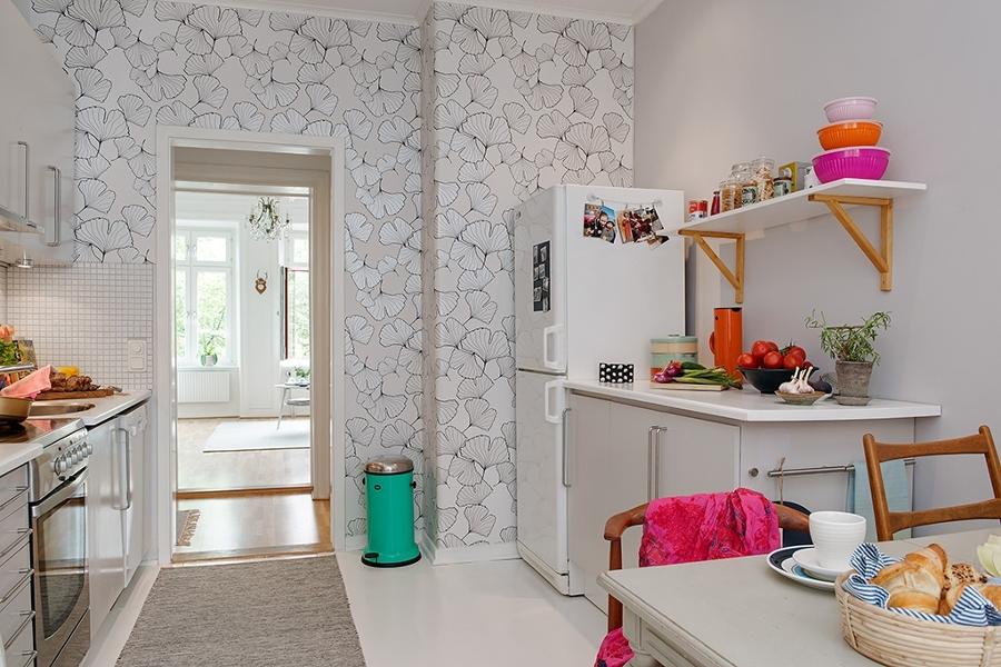 Miedo a pintar tu cocina atr vete con el papel pintado for Papel de empapelar paredes