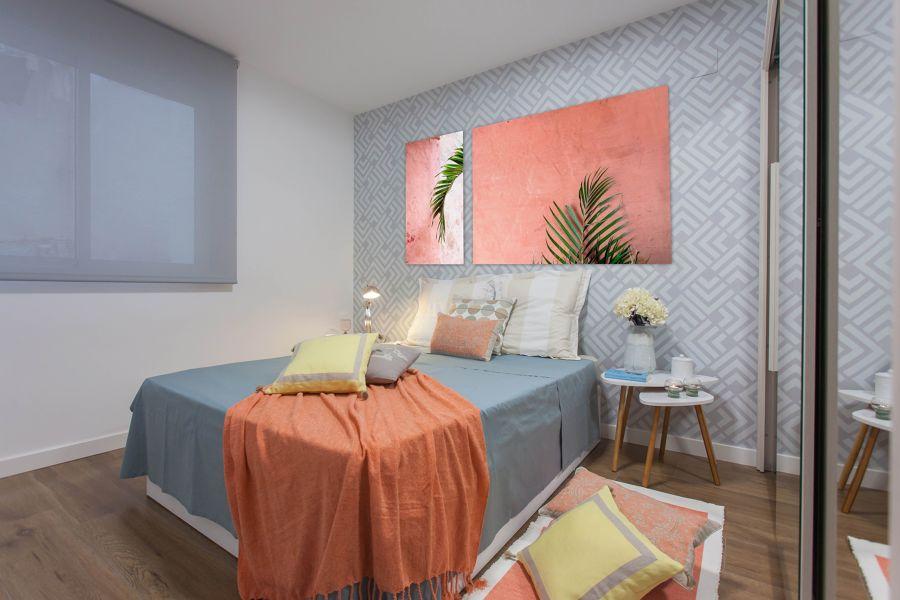 Papel pintado en dormitorio
