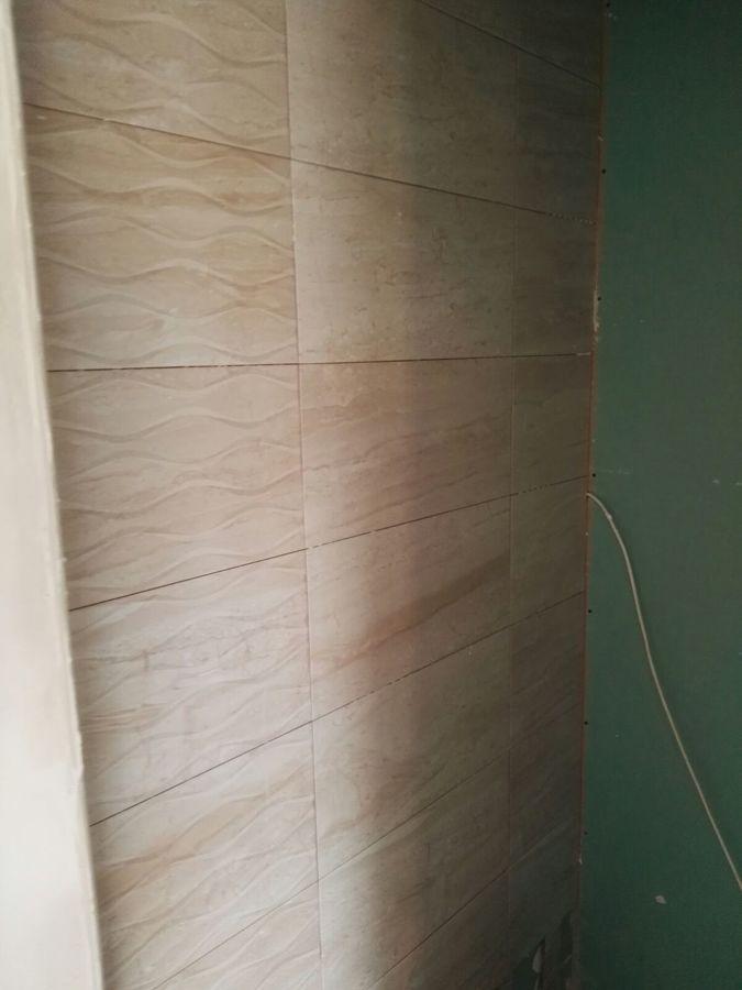 Pared interior de la ducha