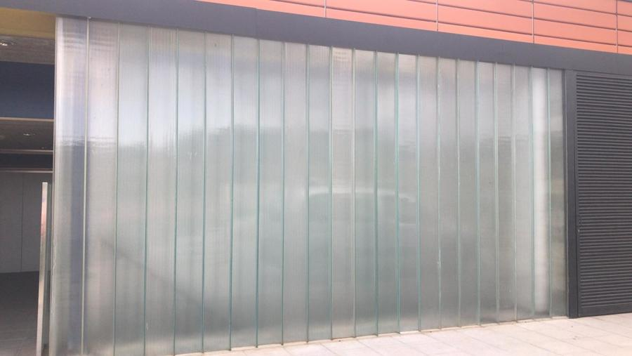 Pared U-Glass