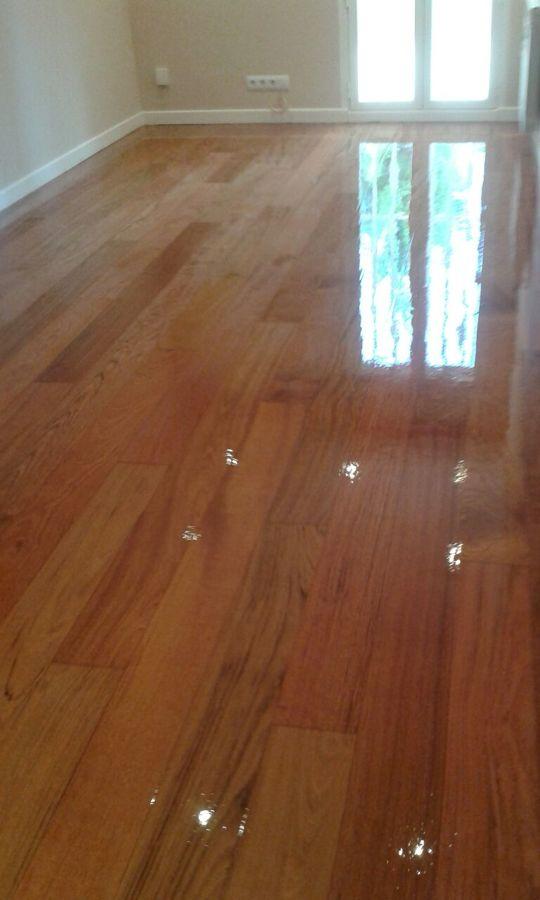 Parquecite sl restauraci n de suelo de madera y escaleras for Restauracion tejados de madera