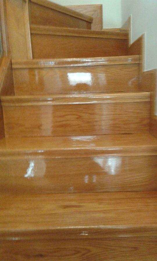 Foto parquecite sl restauraci n suelo de madera de for Restauracion tejados de madera