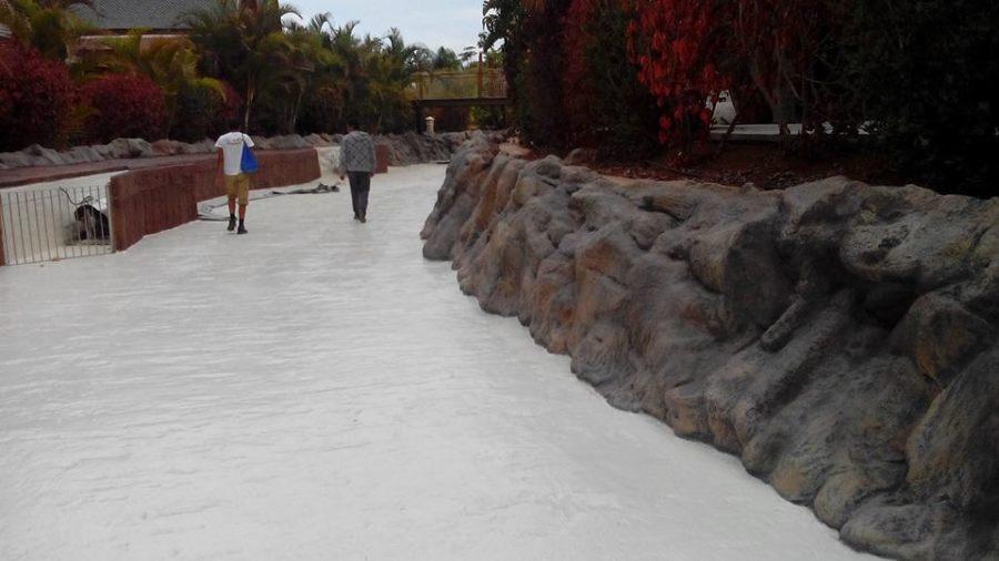 Paseo con piedra artificial