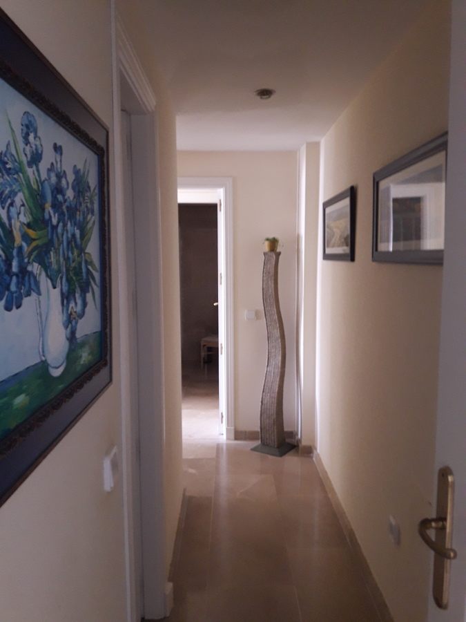 Pintura apartamento alquiler vacacional ideas pintores - Pinturas para pasillos ...