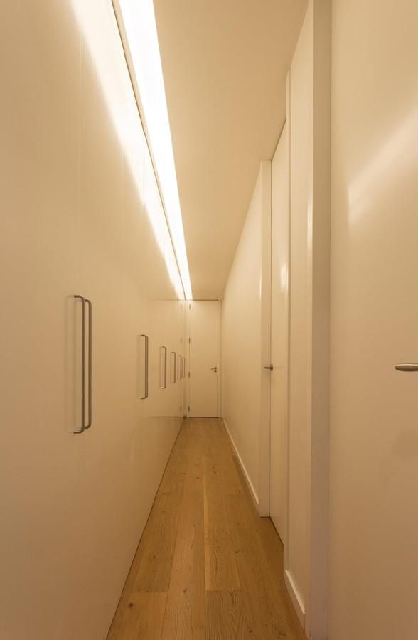 foto pasillo con iluminaci n led 1479375 habitissimo