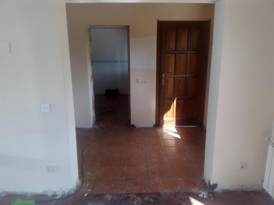 Restauracion vivienda interior suelos paredes puertas y for Puertas vivienda interior