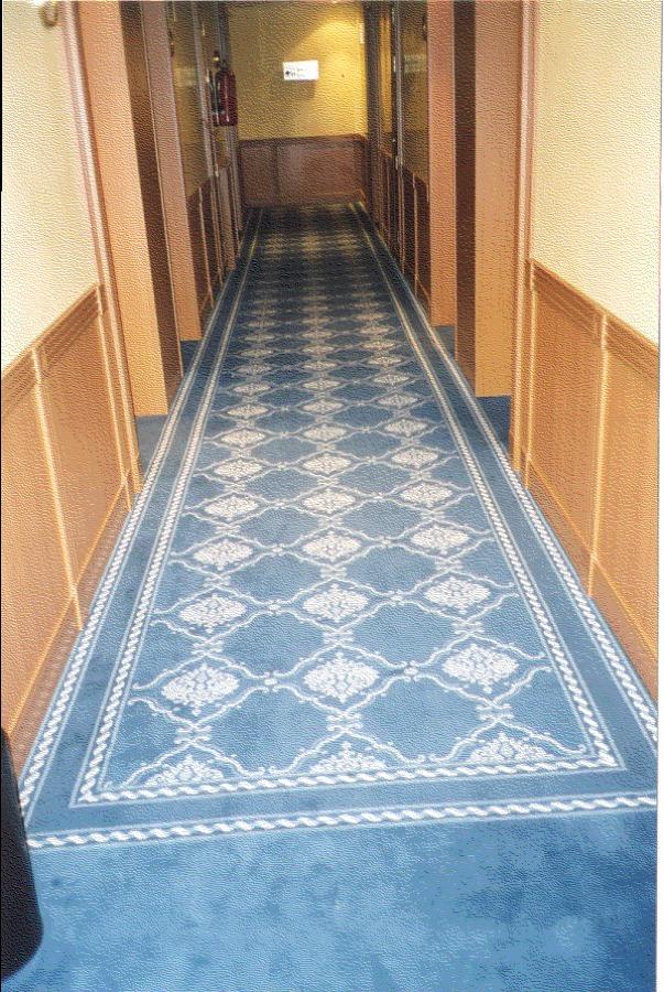 Moqueta hotel ideas decoradores for Moqueta pasillo