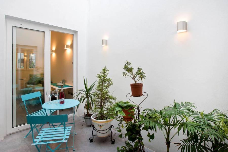 La reforma de un piso con un bonito patio interior ideas - Patio interior decoracion ...