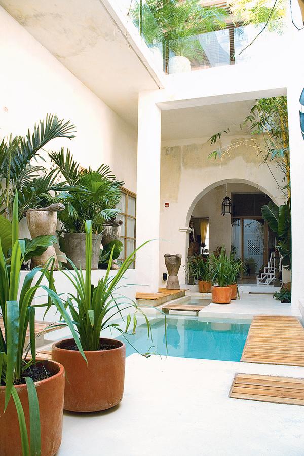 Las 10 mejores terrazas del verano ideas decoradores - Patios con piscina ...