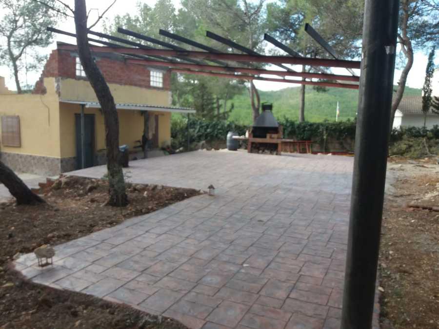 Pavimentación y realización de techo con soldadura