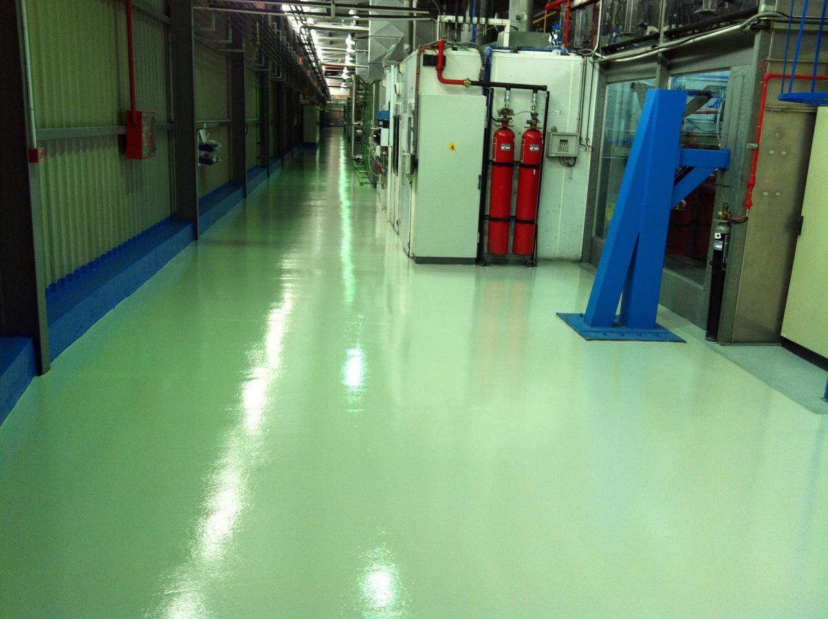 Pavimento multicapa de resina epoxi