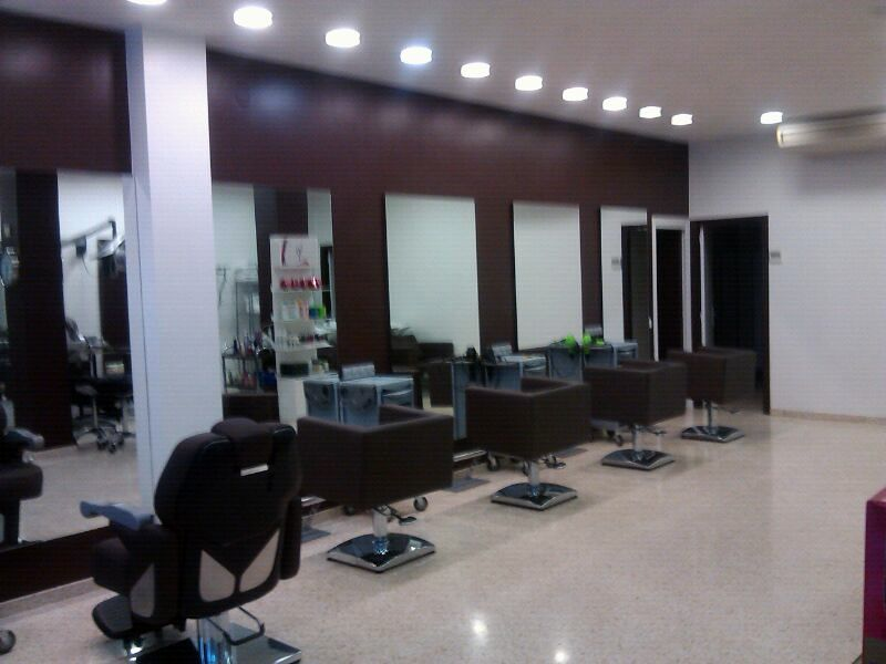 Pintar peluquer a ideas pintores - Ideas para decorar una peluqueria ...