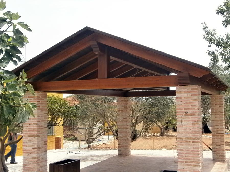 Fotos de techos a dos aguas fotos presupuesto e imagenes - Imagenes de pergolas ...