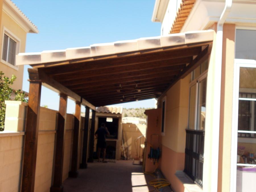 Foto pergola adosada lateral de aymur carpinteros 457495 - Carpinteros en valladolid ...