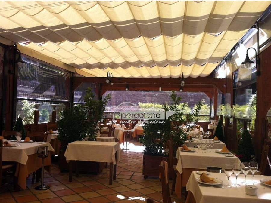Foto p rgola independiente para terraza de pergoland s l - Cortavientos terraza ...