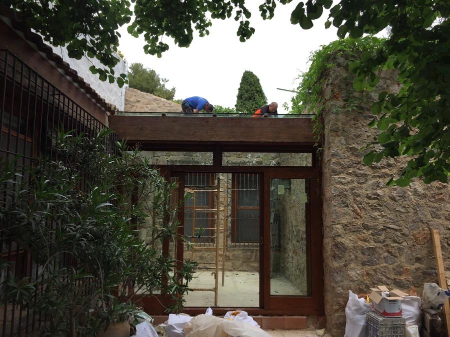 P rgola de madera con vidrio laminado seguridad 10 10 en - Pergolas de madera valencia ...