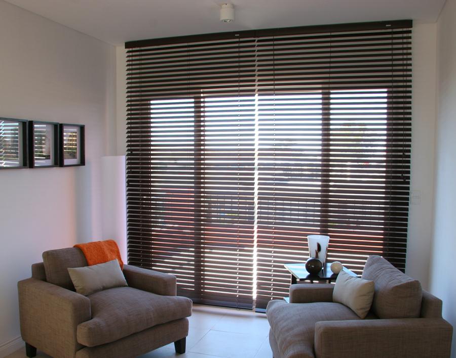 Foto persiana lamas madera de mahico soluciones 906576 - Lamas persianas pvc ...