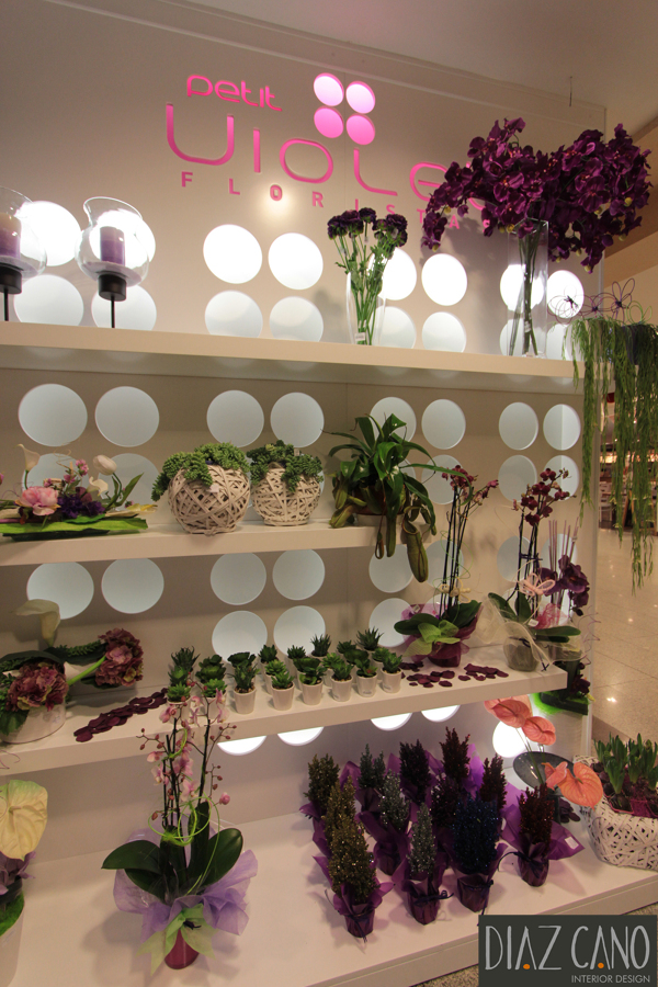 Petit Violet Floristas 8