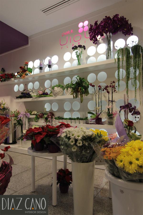 Petit Violet Floristas 2