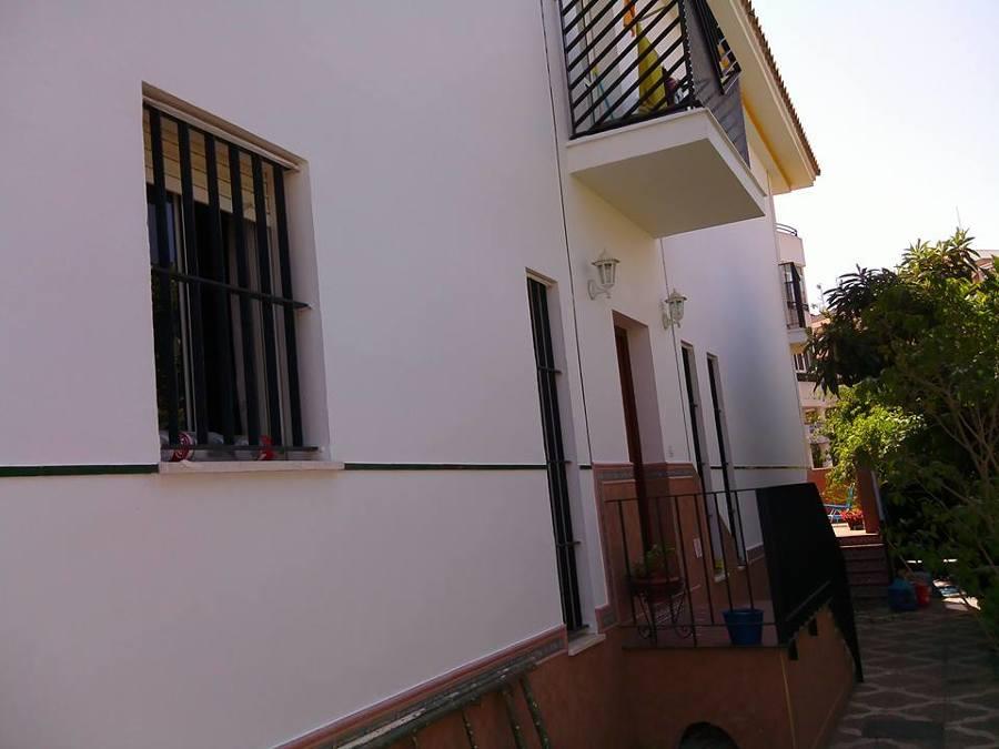 Pintado con pintura elastomera todo el duplex exterior por haver costas cercas