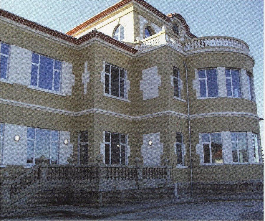 Foto pintado de fachada de pinturas y lacados jes s del r o 1010772 habitissimo - Pintado de fachadas ...
