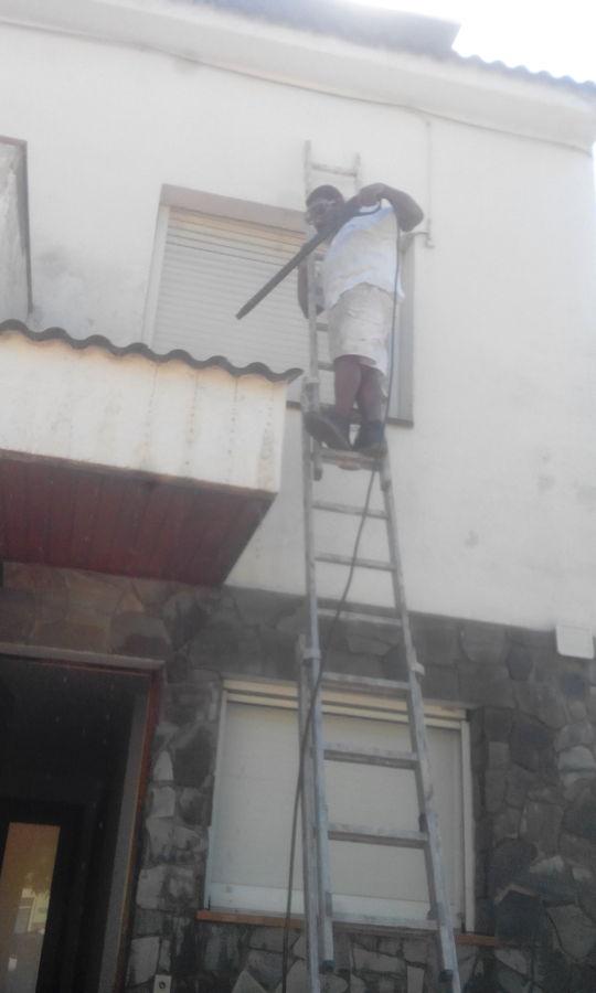 Pintado de fachada adosada ideas rehabilitaci n fachadas - Pintado de fachadas ...