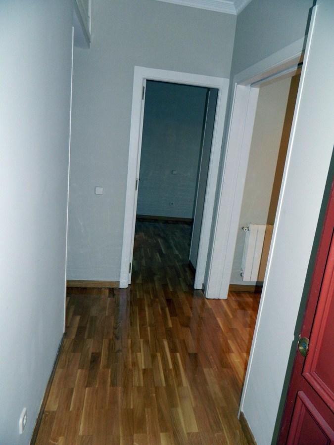 Foto pintado de piso y acuchillado de parquet de reformas - Pintura para parquet ...