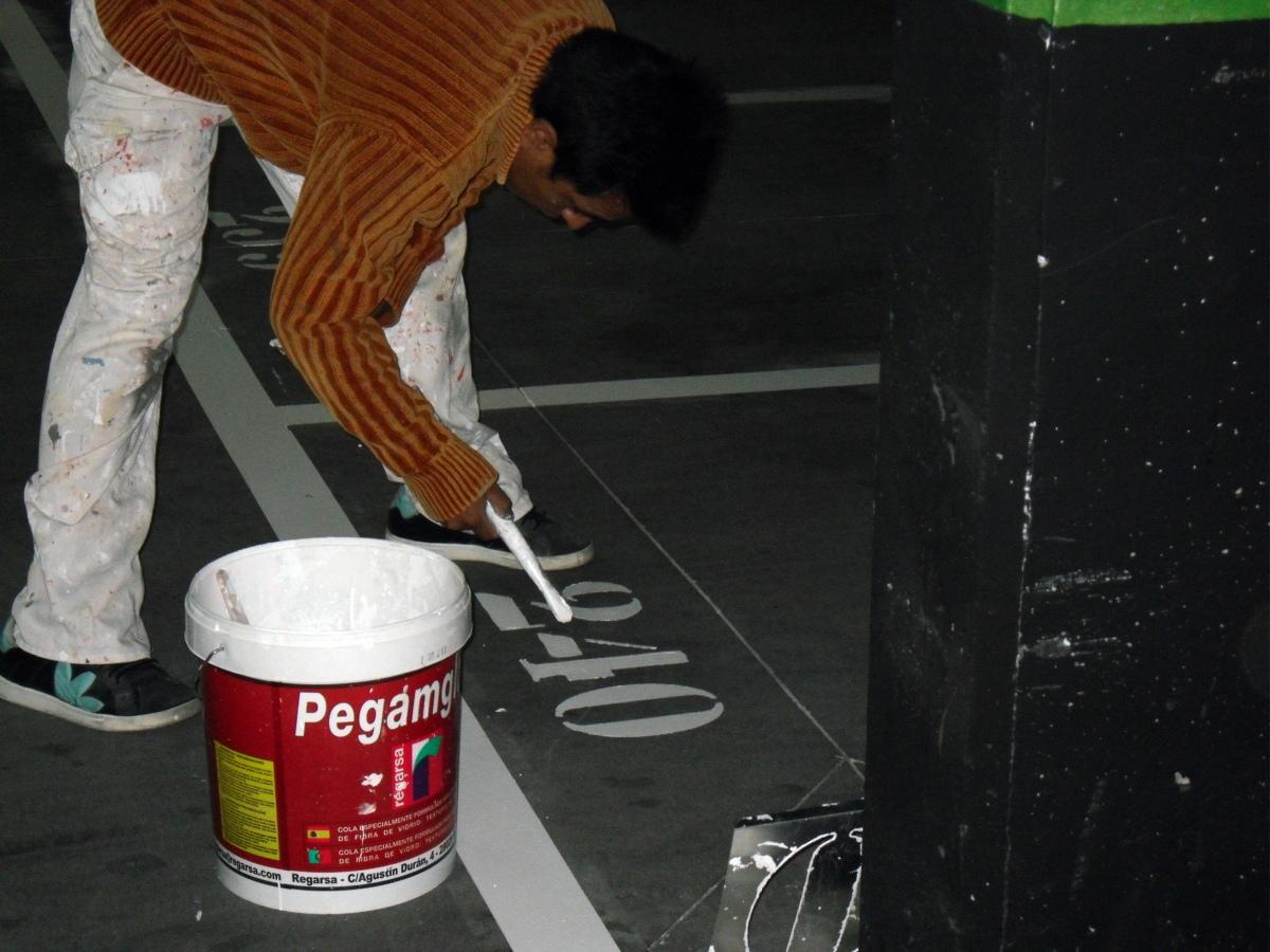 Pintado de rayas de garaje ideas pintores - Pintura de garaje ...