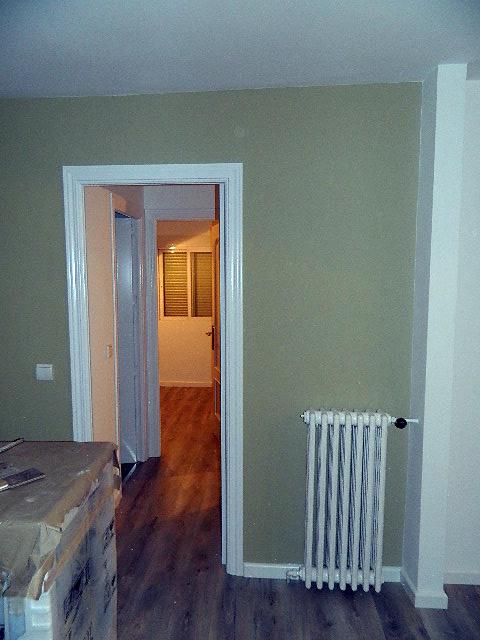 Foto pintado lacado de puertas y radiadores suelo - Radiadores de suelo ...