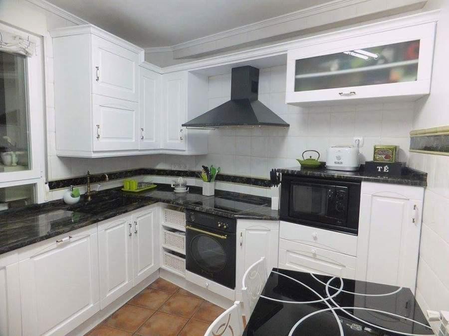 Foto pintado muebles cocina de 1041619 for Muebles de cocina zamora
