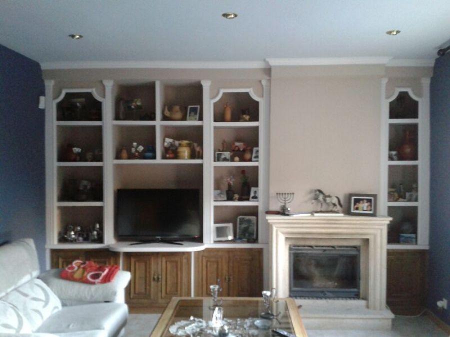 Pintado de sal n y mural de escayola ideas reformas - Muebles de mamposteria de salon ...