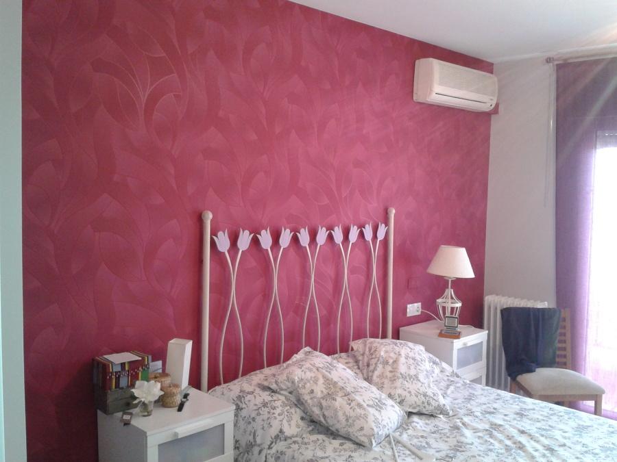 foto pintado y empapelado cabezal dormitorio de pinturas