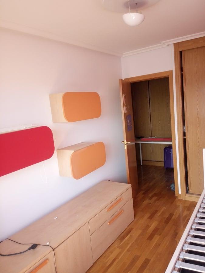 Pintar las paredes de una habitaci n en oviedo ideas - Precio pintar habitacion ...