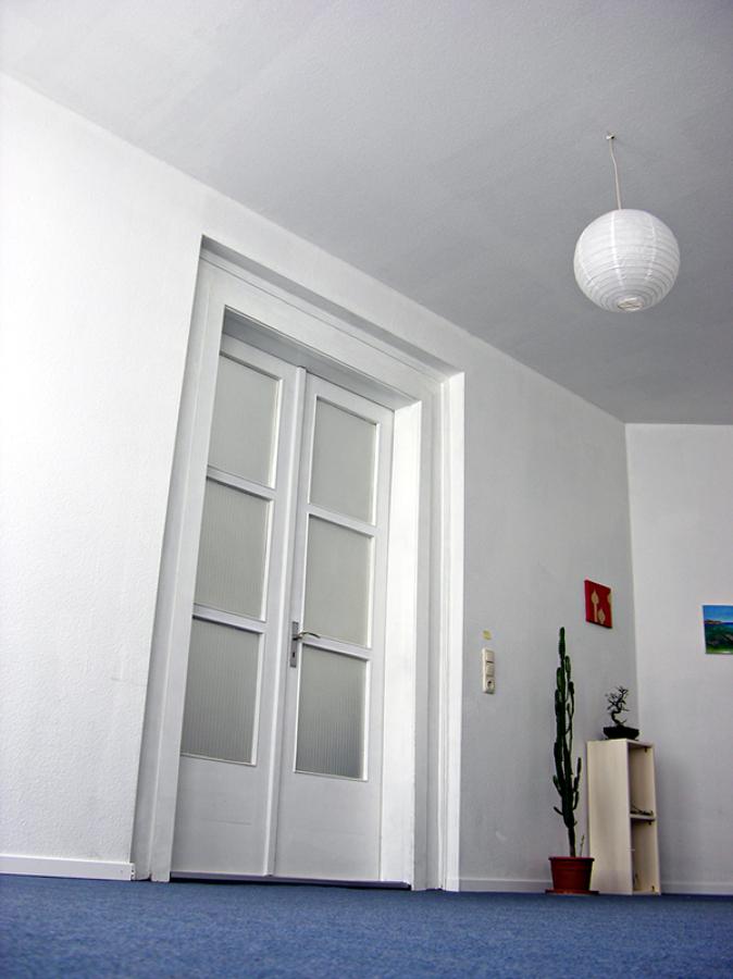 C mo pintar una puerta con cuarterones de cristal ideas - Pintar cristales de puertas ...
